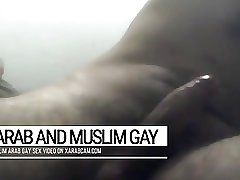 Libyan muslim bearded Arab jerking off big time - Arab Gay