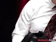 Mormon hunk gets tugged