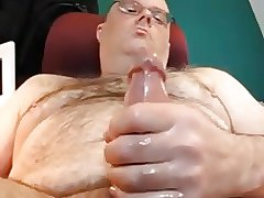 Hot daddy bear with long dick cumming