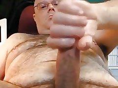 Hot daddy bear with long dick cumming