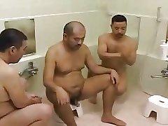Nihonjin no danseitachi Vintage public bath