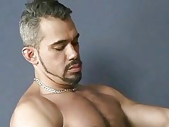 Gay muscle fuck and cumshot