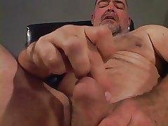 Bear Daddy solo