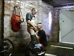HOOK UP EN EL GARAGE