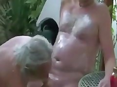 Two mature guys fucking !!!