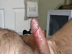 big dick daddy bear cumming