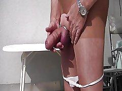 fette Beule in Strumpfhose
