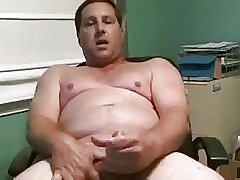 Hot daddy stroking and cuming