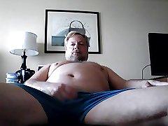 Dad Bear Beats Off