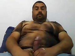 HORNY LATINO BEAR
