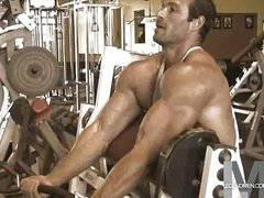 Muscular hunk showing off