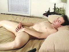 Gay hunks tease cocks with mouth and ass
