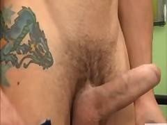 Ripped pornstar lets young friend suck and ride him