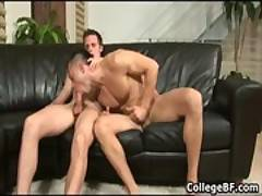 College hunks Paulie Vauss and Brody gay sex