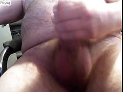 dad  rub & cum on cam