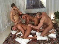 Jalil, Tomas, Valentino & Donato
