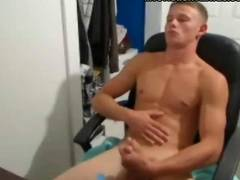 Watch the gorgeous brunette hunks getting hot and hard.He definitely knows how to entertain himself!