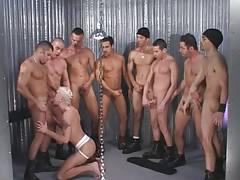 hombres latinos orgia - segunda parte