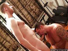 daddy fucks a beefy ass