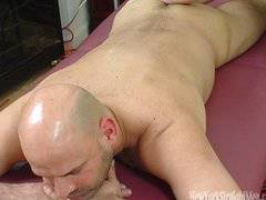 Massage with happy ending