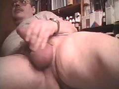 Tueffi nackt und geil beim Buttplug Arschfick