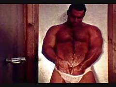 Franco Abruzzi (vintage porn clip)