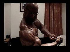 SuperHero Muscle Worship
