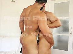 Rogan Richards fucks Hugo Vergari