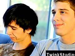 Male models Levon and Aidan enjoy eyeing