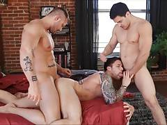 Three hot men, great fuck.