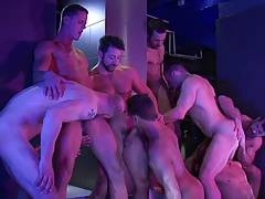 (L) Bareback - 10 guys orgy (E)