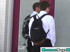 Muscly mormon elder cums