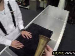 Amateur waiter pawns gay blowjob for 100 buck