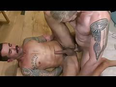 2 Hot Body Dudes Fucking