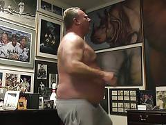 Stu naked working out. No quit in this fat boy.