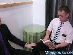 Mormon gets dick sucked