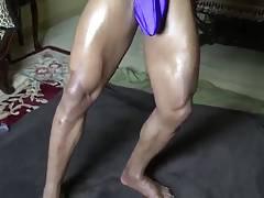 Str8 bodybuilder massive flexing & bulge