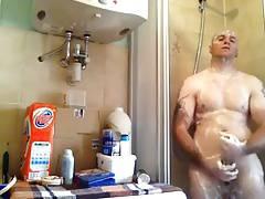 Str8 men in the bathroom jerk his dick