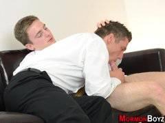 Muscly mormon ass jizzed