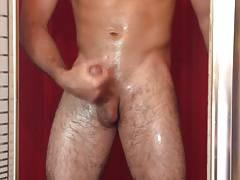 Str8 guy in the shower