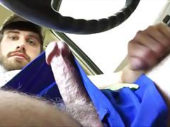 str8 muscle with big blue eyes play in car