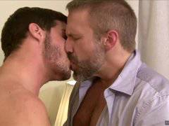 IconMale Ty Roderick Making Older Hunk CUM