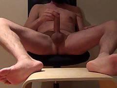 amateur bigcock orgasm masturbation