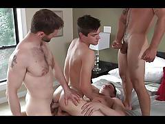 JR, DW, JW, and VB Bareback with Double Penetration