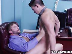 Office muscle hunk pounding tight ass
