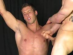 Straight stud suck big cock