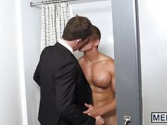 Landon needs to get his ass ravaged by JJs enormous dick