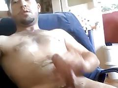 Turkish dude wanking
