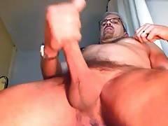 Hunk guy stroking