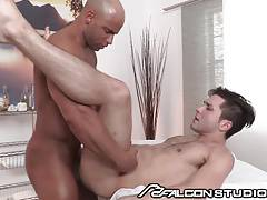 FalconStudios Sean Zevran Gets a Hot Massage